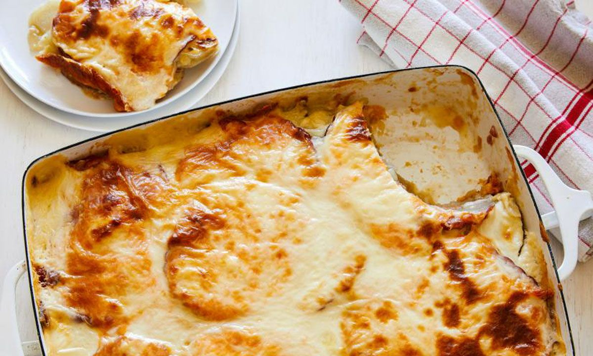 Scalloped Potatoes with Crescent Chicken Ham
